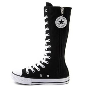 *SOLD* converse all star chuck taylor tall sneaker
